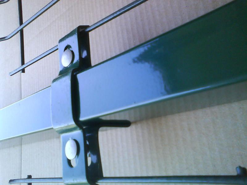 poteau stick pour panneaux rigides. Black Bedroom Furniture Sets. Home Design Ideas