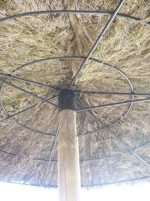 Parasol exotique en brande de bruyere - Brande de bruyere ...